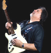 Coco Montoya - booking information