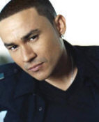 Frankie J - booking information