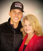 Granger Smith with fan