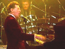Jerry Lee Lewis - booking information