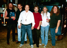Kentucky Headhunters with Richard De La Font -- photo courtesy of Jack Terry - booking information