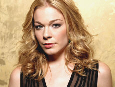LeAnn Rimes - booking information