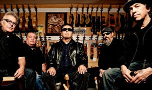 Los Lobos - booking information