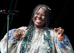 Randy Crawford - booking information