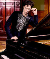 Rufus Wainwright - booking information
