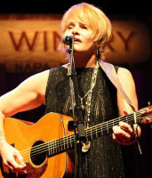 Shawn Colvin - booking information
