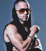 Yandel - booking information
